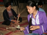 making-shrimp-net