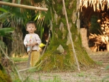 child-in-ngoi-tu-village