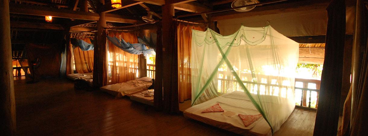 Traditional Stilt House Lavievulinh Eco Tourism